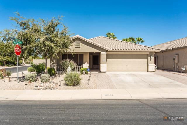 42562 W Hall Drive, Maricopa, AZ 85138 (MLS #5664904) :: The Daniel Montez Real Estate Group