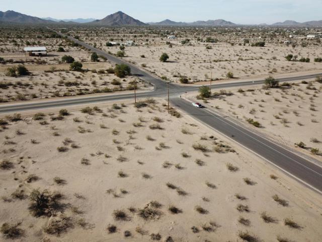 0 W Pampas Grass Road, Maricopa, AZ 85139 (MLS #5666130) :: Yost Realty Group at RE/MAX Casa Grande