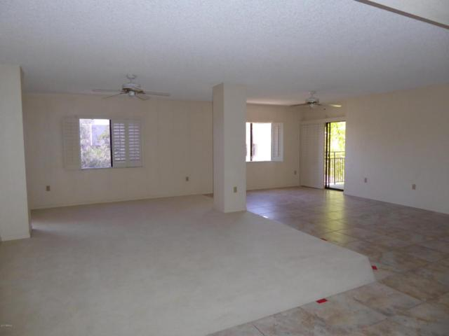 10330 W Thunderbird Boulevard A320, Sun City, AZ 85351 (MLS #5672132) :: Private Client Team