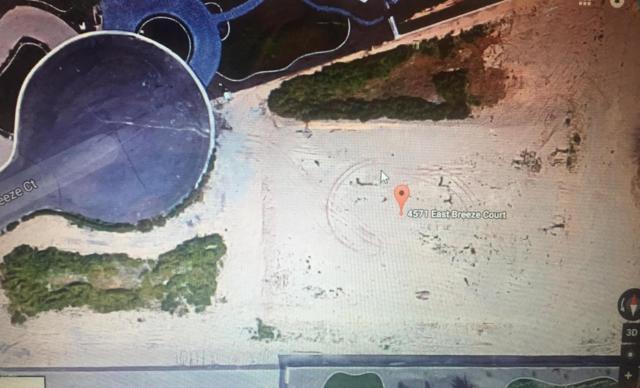 4571 E Breeze Court, Gilbert, AZ 85298 (MLS #5673969) :: The Kenny Klaus Team