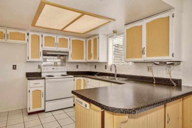383 W 17TH Avenue, Apache Junction, AZ 85120 (MLS #5674334) :: The Bill and Cindy Flowers Team