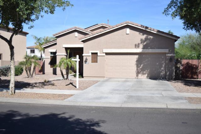 4062 E Carriage Way, Gilbert, AZ 85297 (MLS #5676567) :: Group 46:10