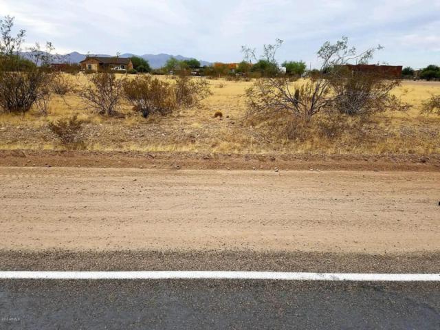 251000 W Patton Rd Road, Wittmann, AZ 85361 (MLS #5681114) :: The W Group