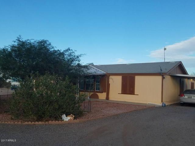 3413 N Ralston Road, Maricopa, AZ 85139 (MLS #5684472) :: Yost Realty Group at RE/MAX Casa Grande