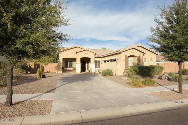 2924 E Coconino Drive, Gilbert, AZ 85298 (MLS #5685833) :: Sibbach Team - Realty One Group