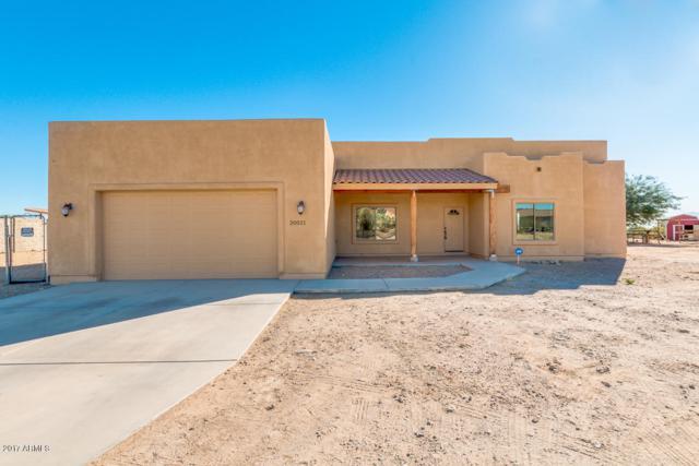 20021 W Pasadena Avenue, Litchfield Park, AZ 85340 (MLS #5691032) :: Devor Real Estate Associates