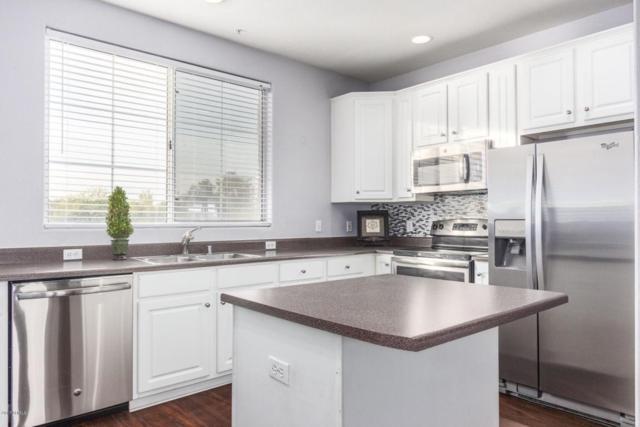 4455 E Paradise Village Parkway S #1072, Phoenix, AZ 85032 (MLS #5691377) :: Arizona Best Real Estate