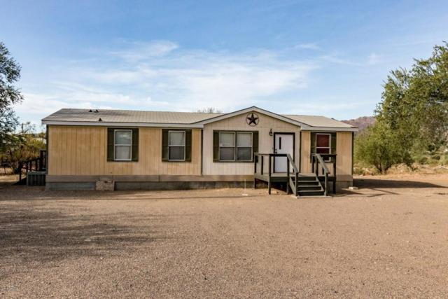 33820 S Cat Claw Drive, Black Canyon City, AZ 85324 (MLS #5693075) :: My Home Group