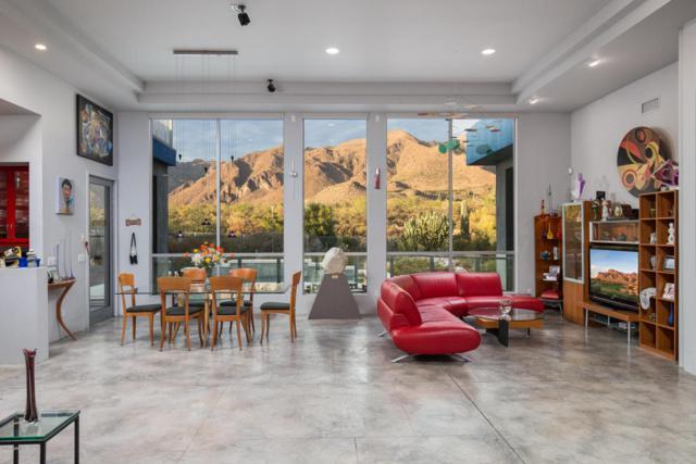 2421 S Rainbows End, Gold Canyon, AZ 85118 (MLS #5696310) :: Yost Realty Group at RE/MAX Casa Grande