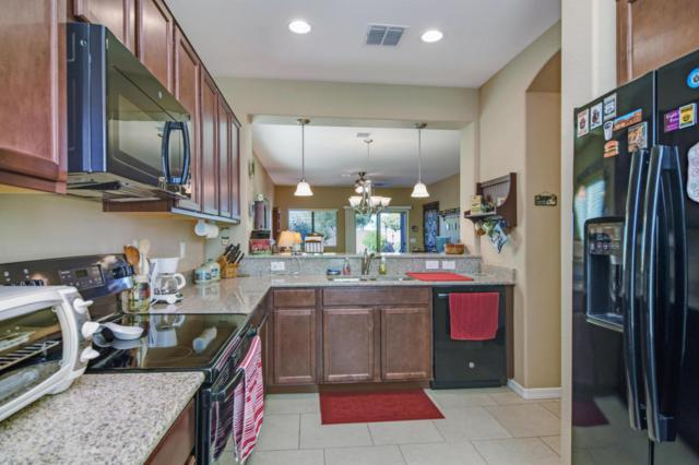 384 W Honey Locust Avenue, San Tan Valley, AZ 85140 (MLS #5696729) :: Kelly Cook Real Estate Group