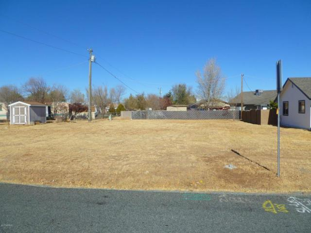 8150 E Nace Lane, Prescott Valley, AZ 86314 (MLS #5696971) :: The Garcia Group @ My Home Group