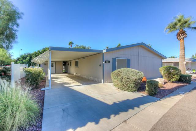 201 S Greenfield Road #101, Mesa, AZ 85206 (MLS #5697158) :: Kelly Cook Real Estate Group