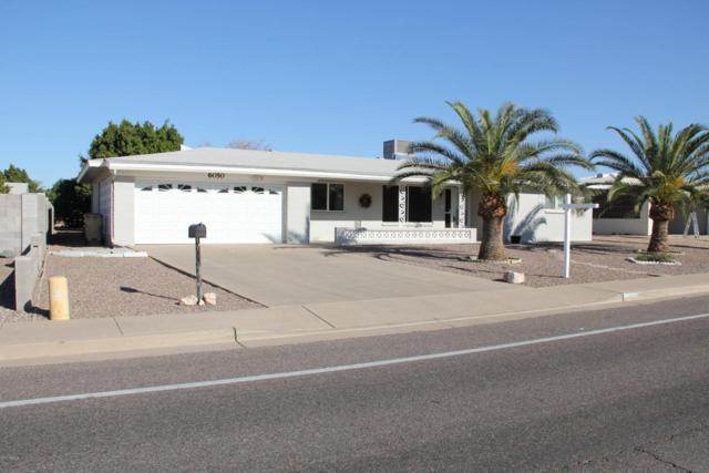 6050 E Adobe Road, Mesa, AZ 85205 (MLS #5699226) :: Kortright Group - West USA Realty