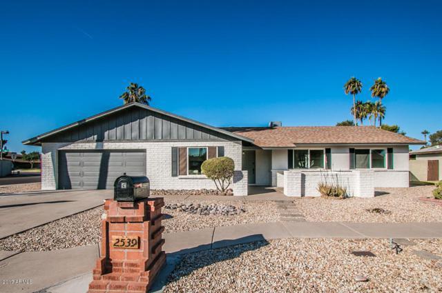 2539 W Jacinto Circle, Mesa, AZ 85202 (MLS #5699359) :: 10X Homes