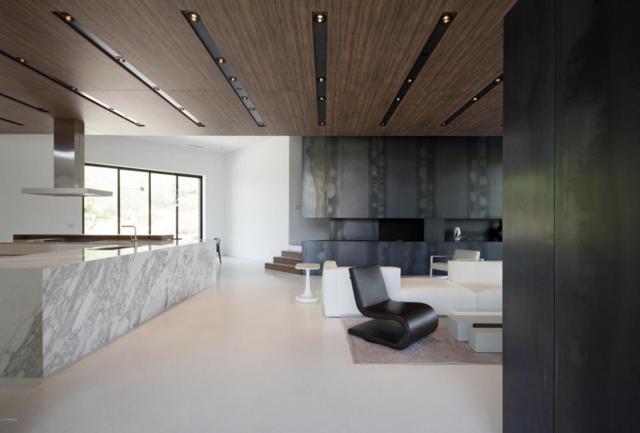 3256 E Valley Vista Lane, Paradise Valley, AZ 85253 (MLS #5704195) :: Lux Home Group at  Keller Williams Realty Phoenix