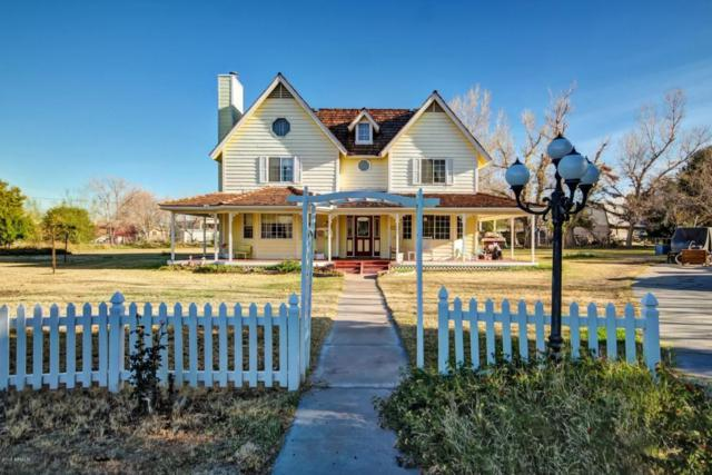 14801 N 81ST Lane, Peoria, AZ 85381 (MLS #5711671) :: The Garcia Group @ My Home Group