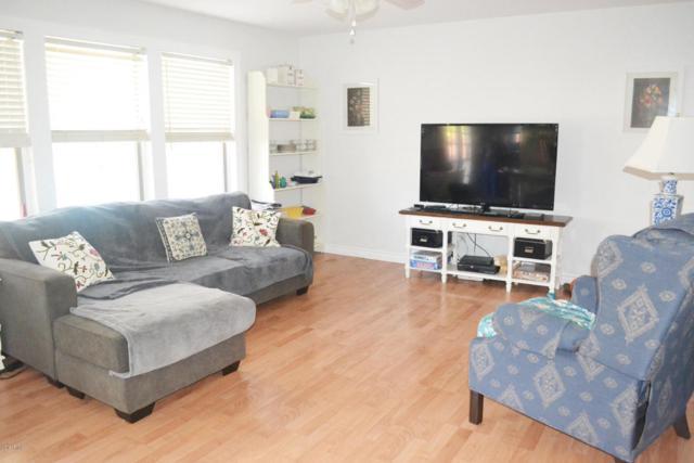 13478 W Young Street, Surprise, AZ 85374 (MLS #5712590) :: Desert Home Premier