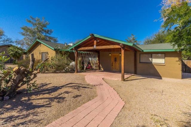 1124 E Manor Drive, Casa Grande, AZ 85122 (MLS #5717318) :: Yost Realty Group at RE/MAX Casa Grande