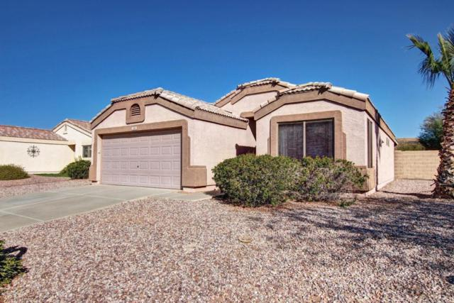 2185 S Weaver Drive, Apache Junction, AZ 85120 (MLS #5720211) :: Yost Realty Group at RE/MAX Casa Grande
