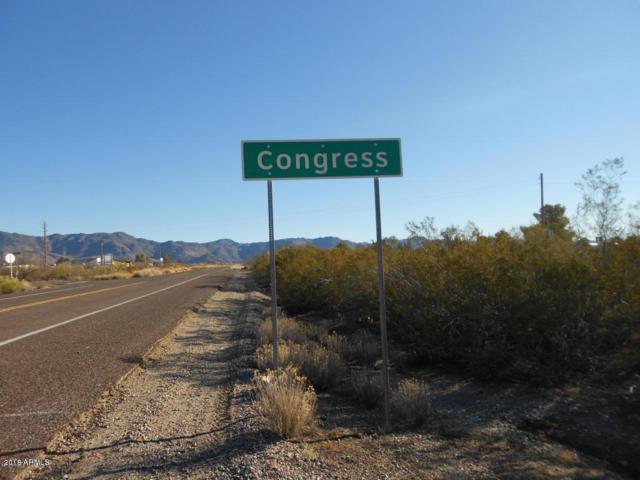 26650 S Grandview Drive, Congress, AZ 85332 (MLS #5721681) :: Yost Realty Group at RE/MAX Casa Grande