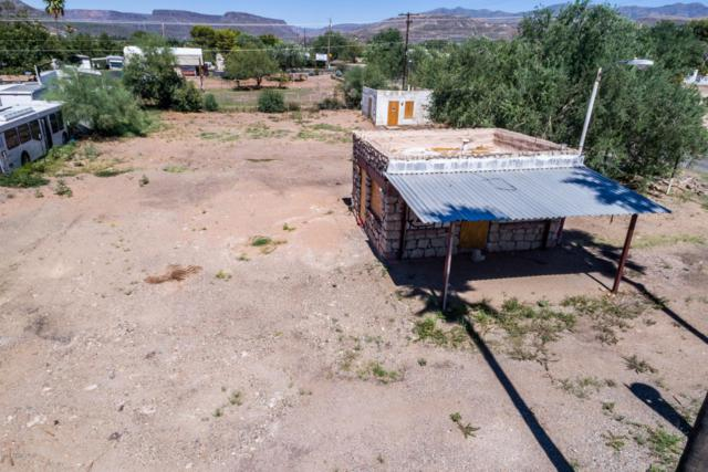 19140 E K Mine Road, Black Canyon City, AZ 85324 (MLS #5723196) :: The Daniel Montez Real Estate Group