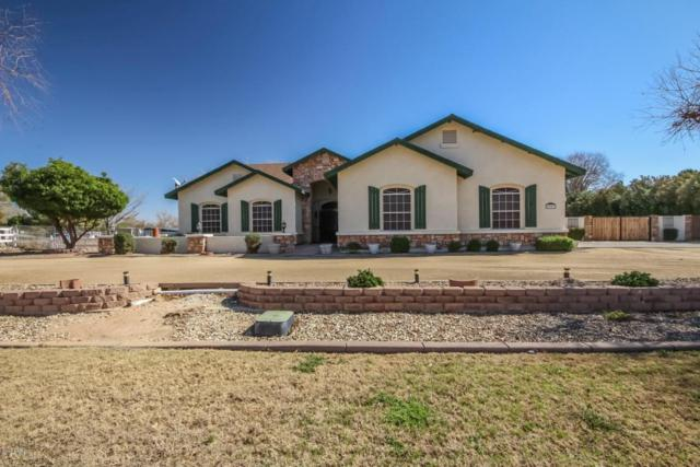 6327 N 186TH Avenue, Waddell, AZ 85355 (MLS #5727167) :: Kelly Cook Real Estate Group