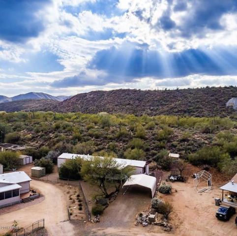18747 E Valley Circle, Black Canyon City, AZ 85324 (MLS #5727334) :: The Daniel Montez Real Estate Group