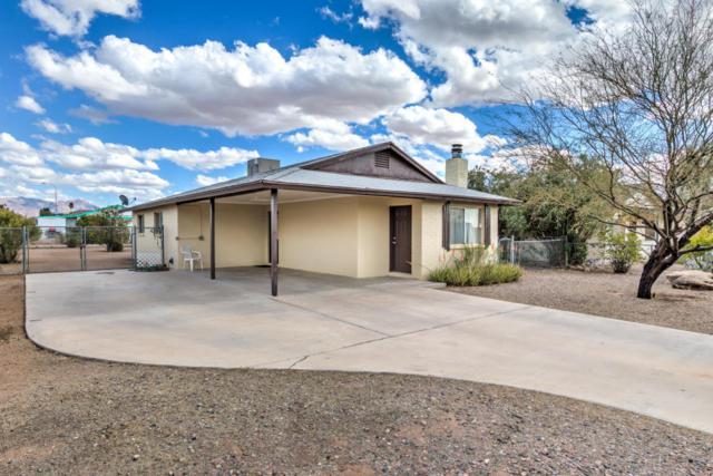 925 N Ocotillo Drive, Apache Junction, AZ 85120 (MLS #5728178) :: Yost Realty Group at RE/MAX Casa Grande