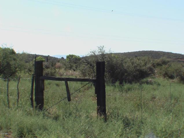 000 E Cardinal Lane, Dewey, AZ 86327 (MLS #5735493) :: Private Client Team