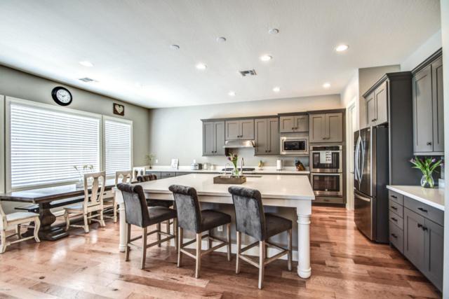21464 S 222ND Place, Queen Creek, AZ 85142 (MLS #5739379) :: Brett Tanner Home Selling Team