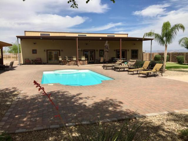 2136 E Lonestar Lane, Coolidge, AZ 85128 (MLS #5747470) :: Yost Realty Group at RE/MAX Casa Grande