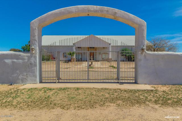 425 S Russell Road, Stanfield, AZ 85172 (MLS #5748944) :: Yost Realty Group at RE/MAX Casa Grande