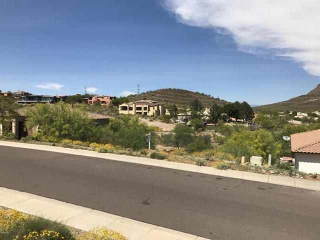 6136 W Alameda Road, Glendale, AZ 85310 (MLS #5749800) :: Brett Tanner Home Selling Team