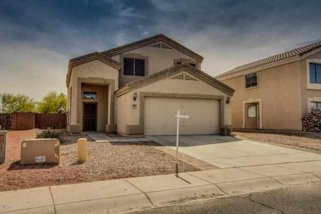 23877 W Lasso Lane, Buckeye, AZ 85326 (MLS #5750513) :: Sibbach Team - Realty One Group