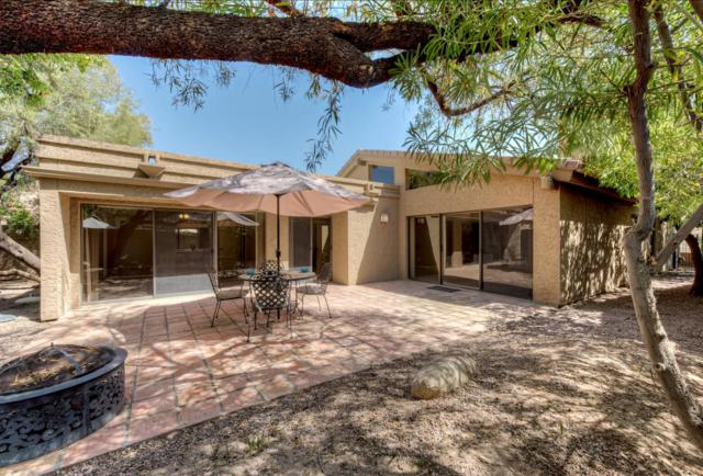 7926 E Solano Drive, Scottsdale, AZ 85250 (MLS #5753915) :: Sibbach Team - Realty One Group