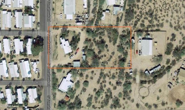 121 S Tomahawk Road, Apache Junction, AZ 85119 (MLS #5754352) :: Ashley & Associates