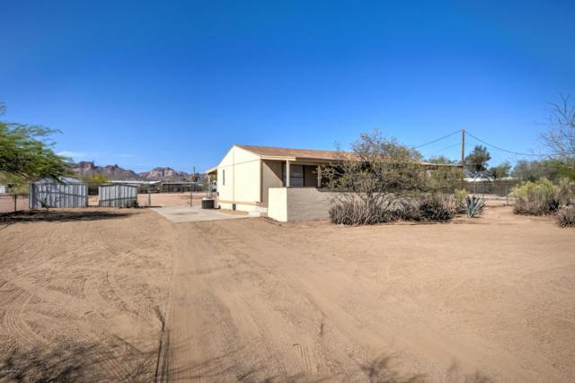 834 W Foothill Street, Apache Junction, AZ 85120 (MLS #5754512) :: Yost Realty Group at RE/MAX Casa Grande