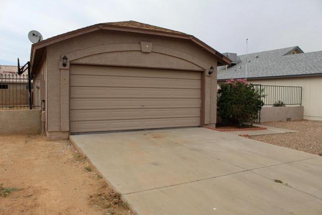 6956 W Northview Avenue, Glendale, AZ 85303 (MLS #5755178) :: Santizo Realty Group