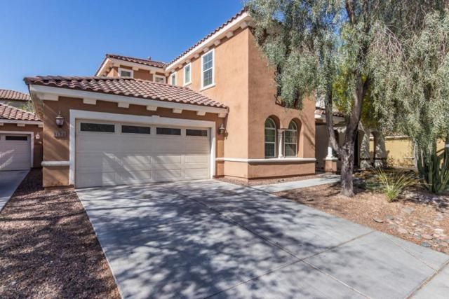1122 W Dawn Drive, Tempe, AZ 85284 (MLS #5755266) :: Santizo Realty Group