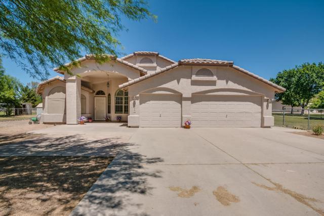 3886 E Via Del Rancho Road, Gilbert, AZ 85298 (MLS #5756261) :: Kortright Group - West USA Realty