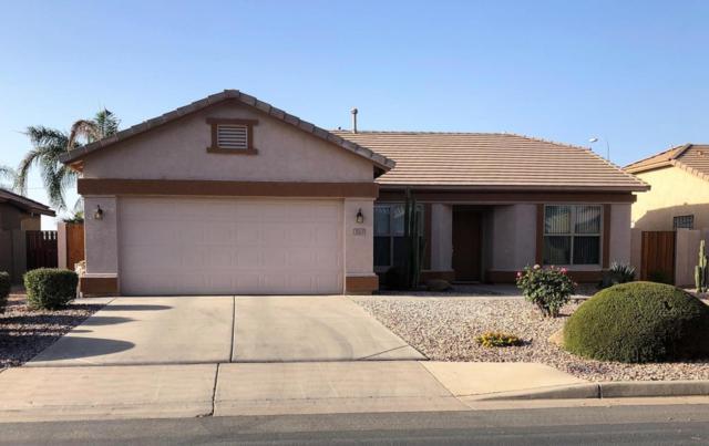 3061 E Gleneagle Drive, Chandler, AZ 85249 (MLS #5756561) :: The Daniel Montez Real Estate Group