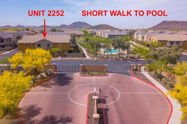 2725 E Mine Creek Road #2252, Phoenix, AZ 85024 (MLS #5763044) :: Brett Tanner Home Selling Team
