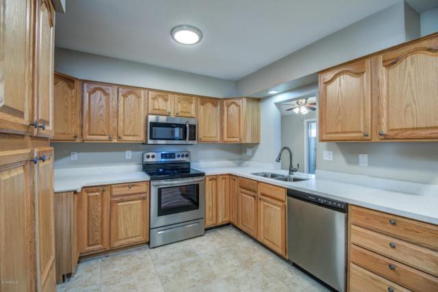 11019 W Thunderbird Boulevard, Sun City, AZ 85351 (MLS #5763258) :: Brett Tanner Home Selling Team