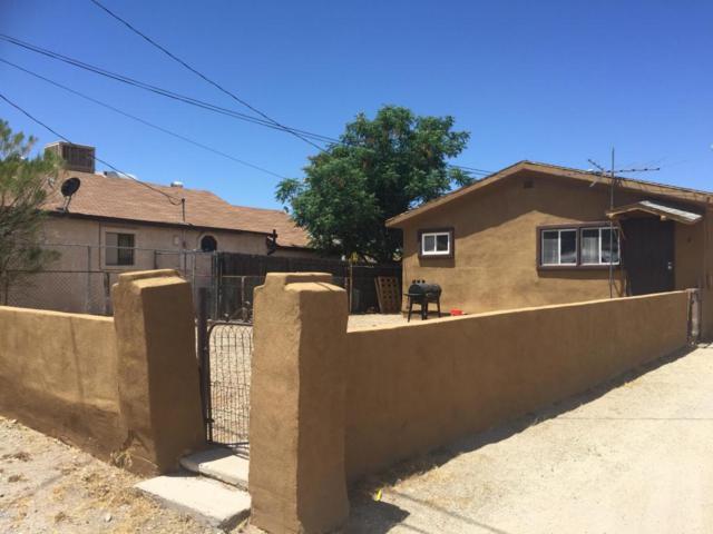 221 W Navajo Street, Wickenburg, AZ 85390 (MLS #5763713) :: The Garcia Group @ My Home Group