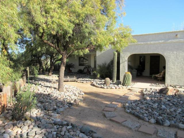2295 W Miner Road, Wickenburg, AZ 85390 (MLS #5766088) :: Gilbert Arizona Realty