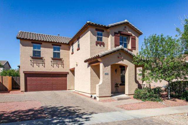 2026 S Swan Drive, Gilbert, AZ 85295 (MLS #5766296) :: Team Wilson Real Estate