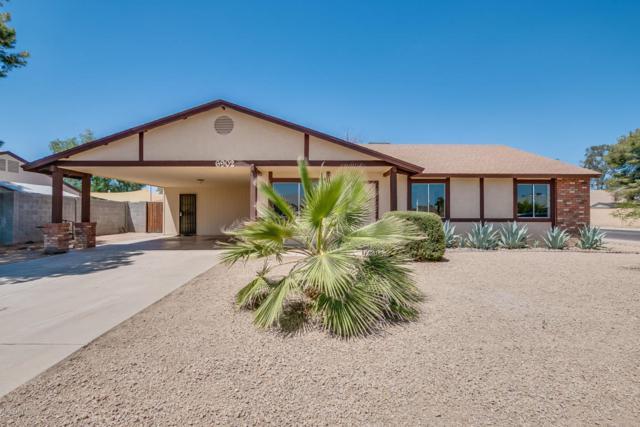 6902 W Canterbury Drive, Peoria, AZ 85345 (MLS #5769633) :: The Laughton Team
