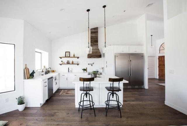 3531 E Tere Street, Phoenix, AZ 85044 (MLS #5771854) :: The Jesse Herfel Real Estate Group