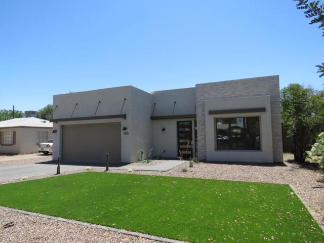 3033 N 26TH Street, Phoenix, AZ 85016 (MLS #5771982) :: The Carin Nguyen Team