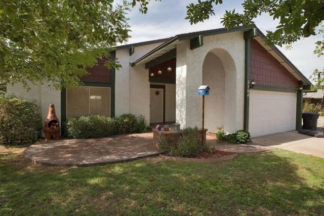 2944 E Glade Circle, Mesa, AZ 85204 (MLS #5777401) :: Kortright Group - West USA Realty